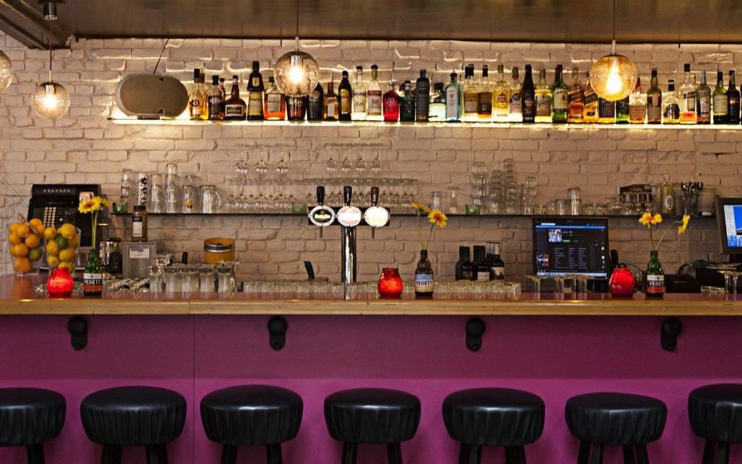 Top Illuminazione per Bar, come posizionarle e quali lampade scegliere KV22